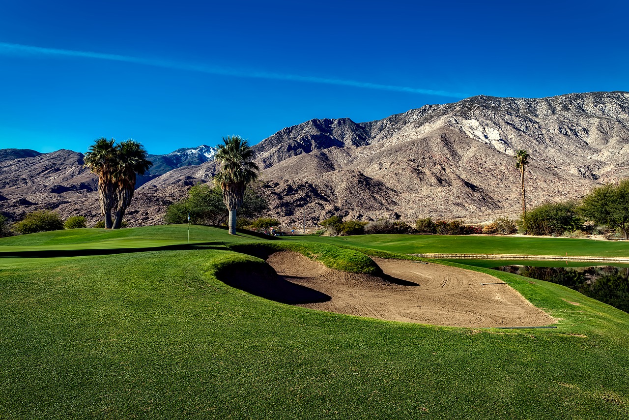 Five scenic golf courses in greater palm springs.